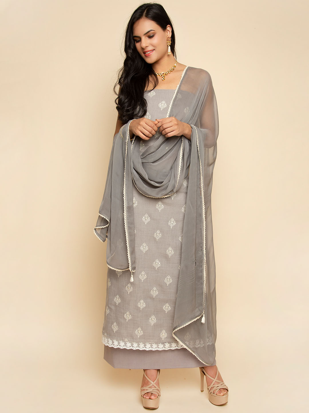 LINEN THREAD EMBROIDERY SUIT