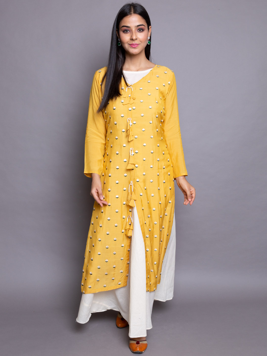 Yellowish Suit With White Inner